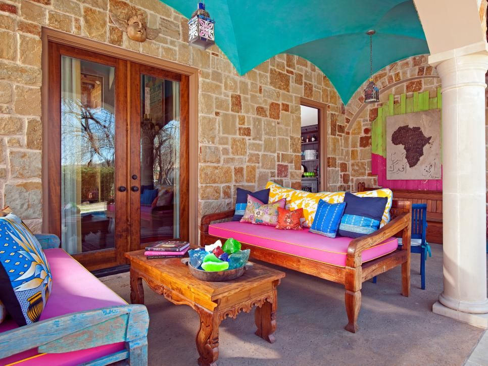 Colorful Mediterranean-Inspired Outdoor Room