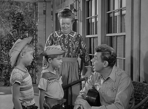 Runaway Kid (1/6) Trivia- This is the first appearance of a fire hydrant  being in front of the Courthous… | The andy griffith show, Andy griffith,  Television show
