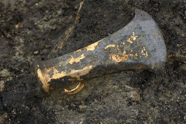 Late Bronze Age socketed axe found in the occupation