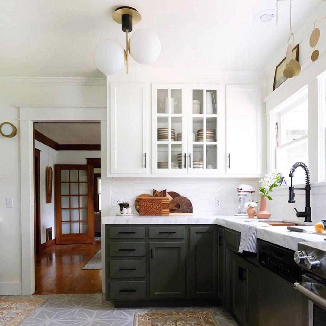 Studio Macleod On Instagram Bold Contrast Dark Hues Bright Whites Interiordesign Interiors Green Kitchen Cabinets Green Kitchen Dark Green Kitchen
