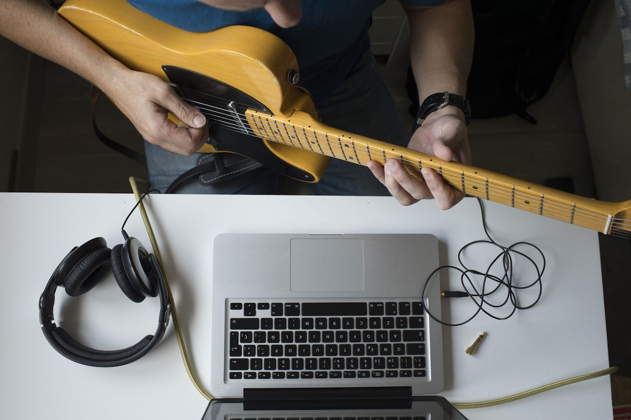 10-blogs-every-guitarist-should-follow-ultimate-guitar-songsterr-no