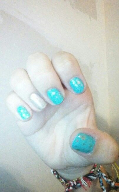 You cant really see it, but there are silver dots on my nails