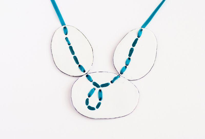 Halskette Emaille vernäht! von V.D. Schmuckdesign auf DaWanda.com
