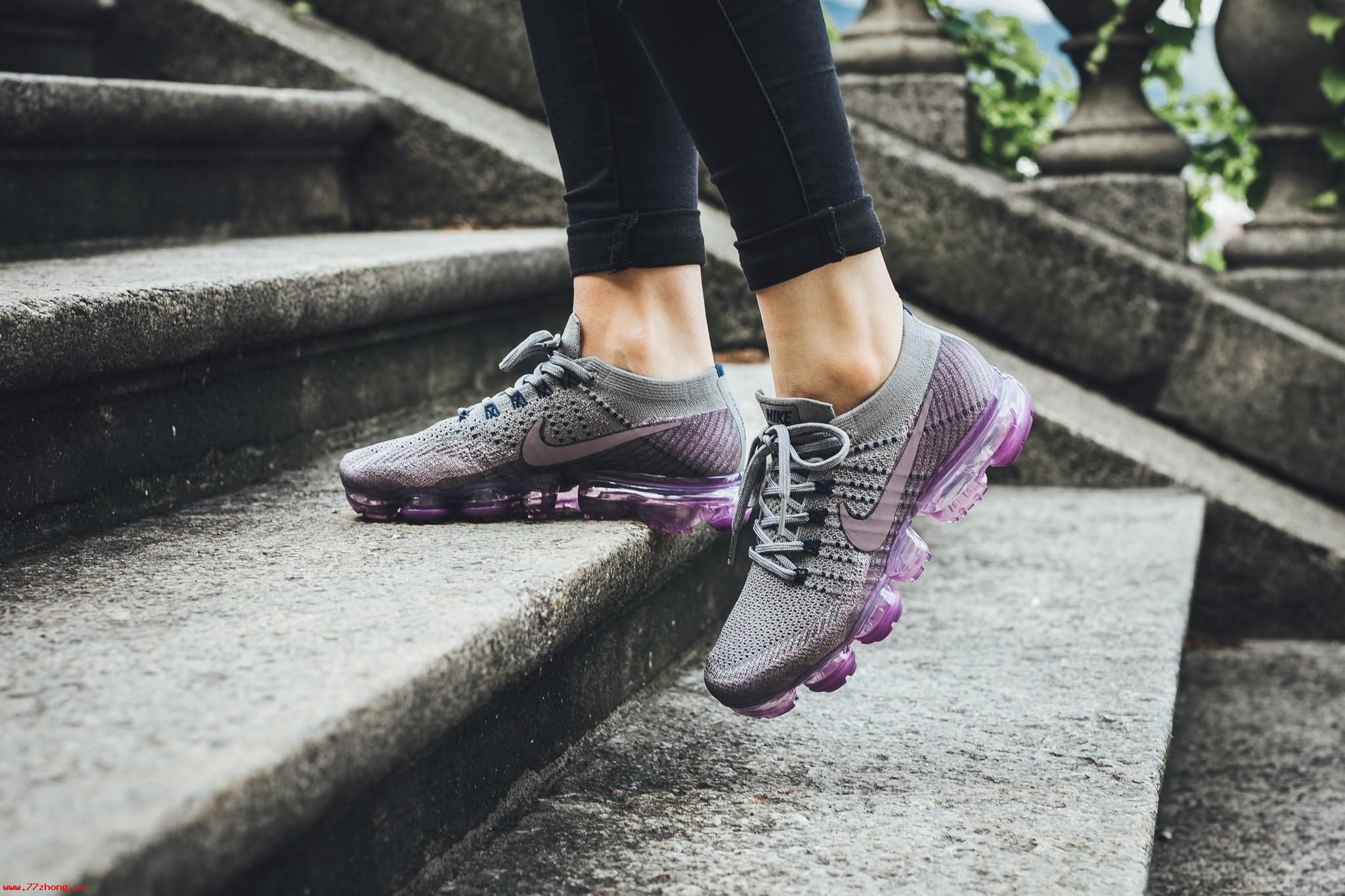 NikeLab WMNS Air VaporMax Flyknit Tea Berry Taupe Grey College Navy 899472- 400 3f1b0a51f