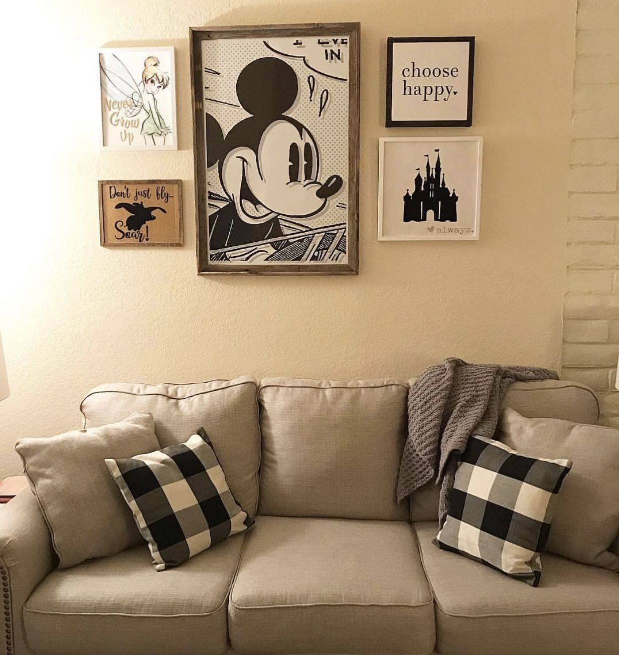 Pin By Rachel Terkowski On Future House Disney Home Decor Disney House Ideas Disney Room Decor