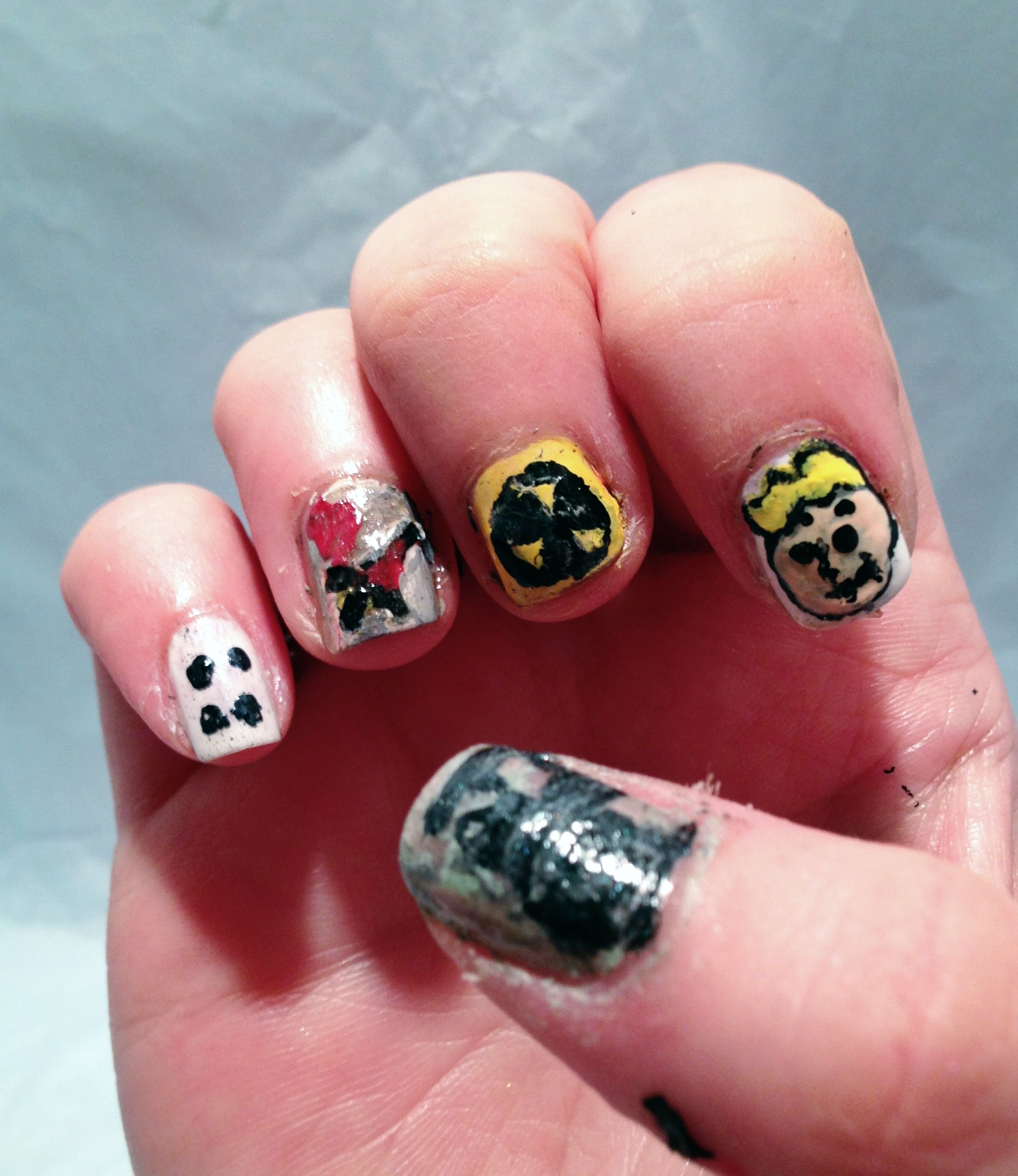 These are my \'Fallout New Vegas\' nails. The thumb says Fallout, the ...