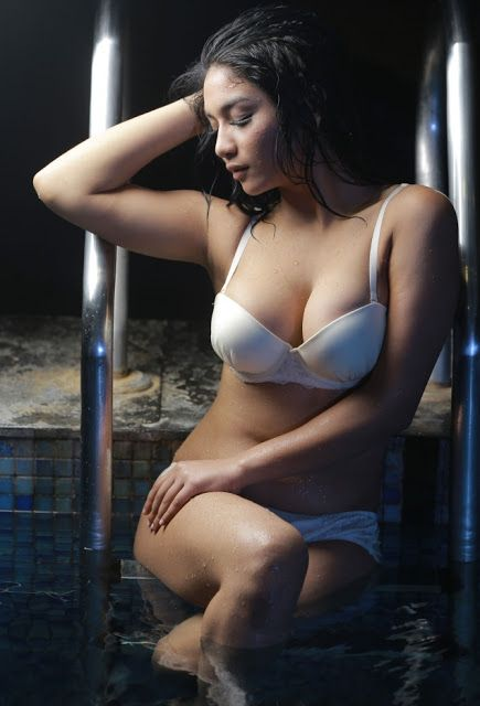 Koleksi Photoshoot Bikini Lingerie Selfie Foto Artis Model Seksi Terbaru