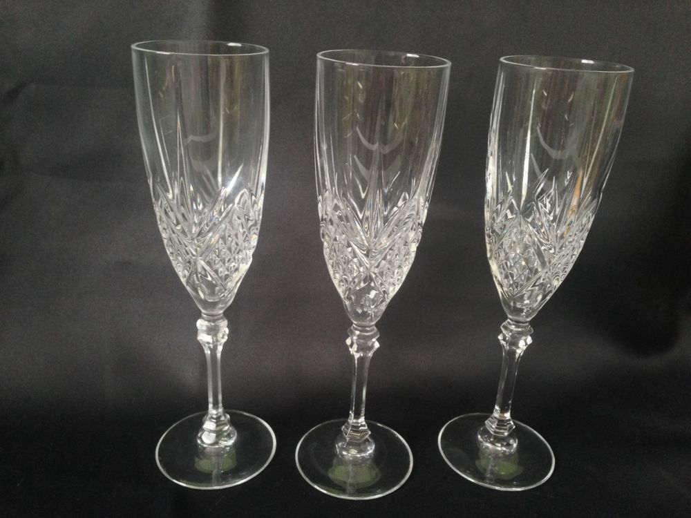 set of 3 j g durand cristal d 39 arques fontenay pattern crystal champagnes flutes things i love. Black Bedroom Furniture Sets. Home Design Ideas