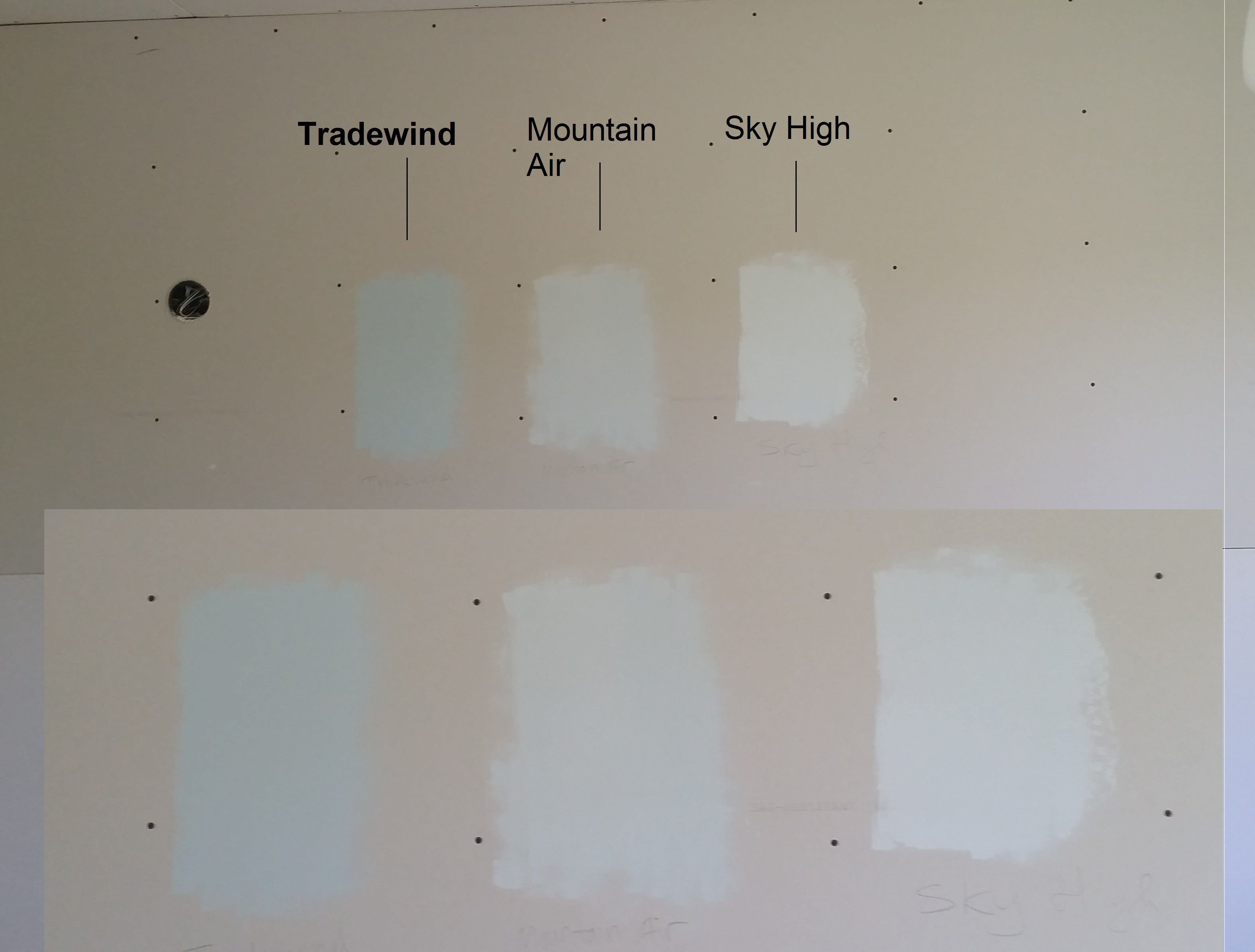 On site paint samples side by side compare sherwin for Light sky blue paint