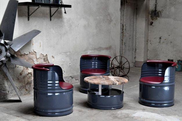 sitzgruppe aus 200 l neu f sser fass pulverbeschichtung in farbe ihrer wahl kunstleder. Black Bedroom Furniture Sets. Home Design Ideas