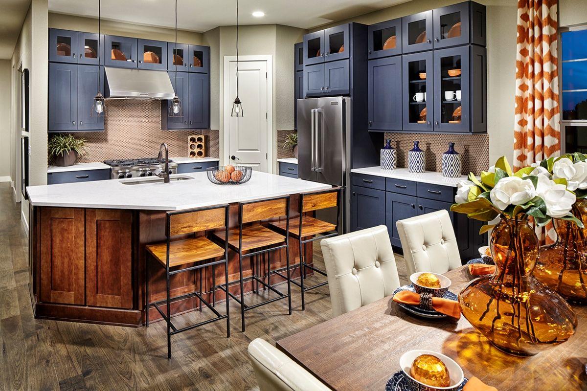 Hawthorn Model ~ Love the Flooring & Upper Cabinets | Kb ...
