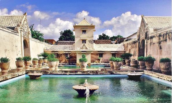 Tempat Menarik di Taman Sari Jogja pemandian kraton