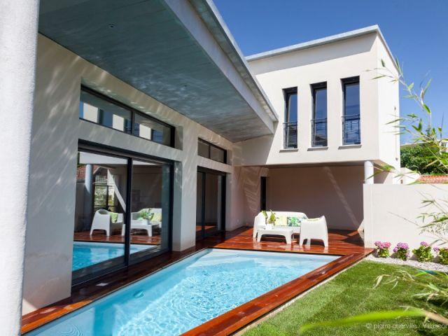 Une villa moderne de 170 m2 su0027immisce entre les ruelles du0027un village
