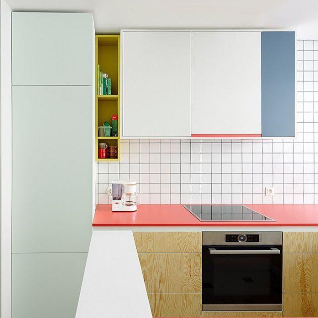 Keukenontwerp Door @driesotten #zotjes #vlotjes #architectuurfotografie  #niddepie. Colour Blocking InteriorInterior ColorsDesign ...