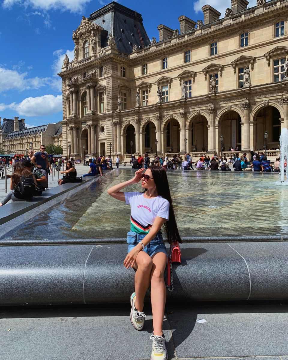 #louvre #aestheticphoto #parisianstyle #parisianamour #paristravel #parisian #aestheticphoto #parisianchic #parisianvibe #parisienne #parisfrance