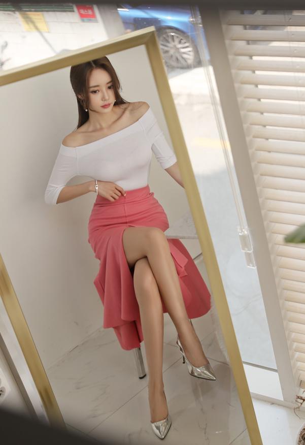 ボード「Son Youn Ju 孫允珠 (Korea Fashion Model)」のピン