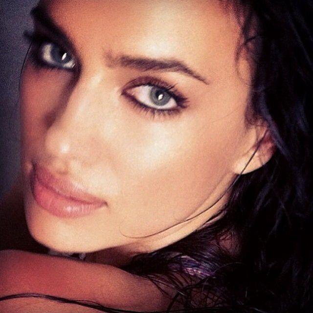Imagem de http://www.fashiongonerogue.com/wp-content/uploads/2014/04/irina-beauty.jpg.