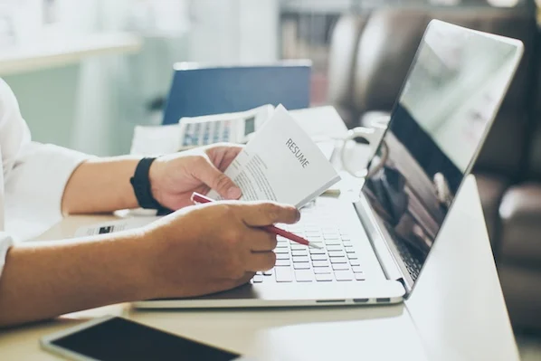 Recruiters Reveal the 7 Best Fonts for Your Resume in 2020