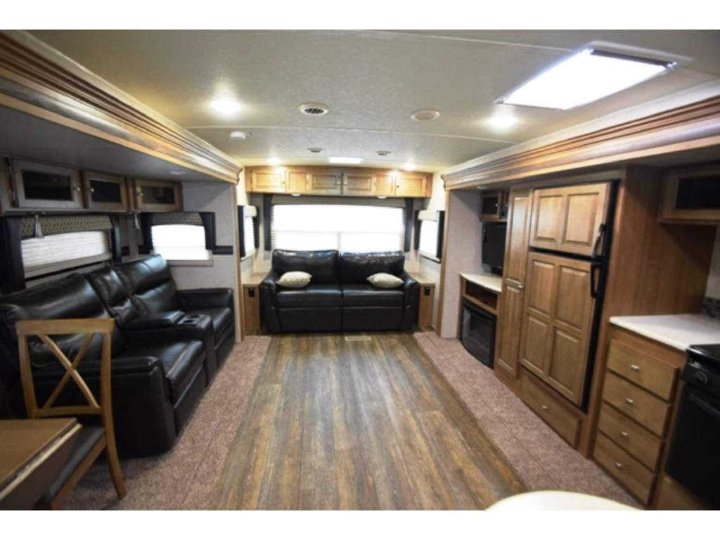 Pin On 2017 2018 Travel Trailer Rvs With Good Tv Viewing