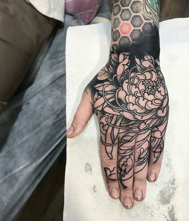 Progress By Maverick Reeve Location Adelaide Australia Artist S Ig Maverickreevetattoo Irezumicolle Hand Tattoos Japanese Hand Tattoos Small Hand Tattoos
