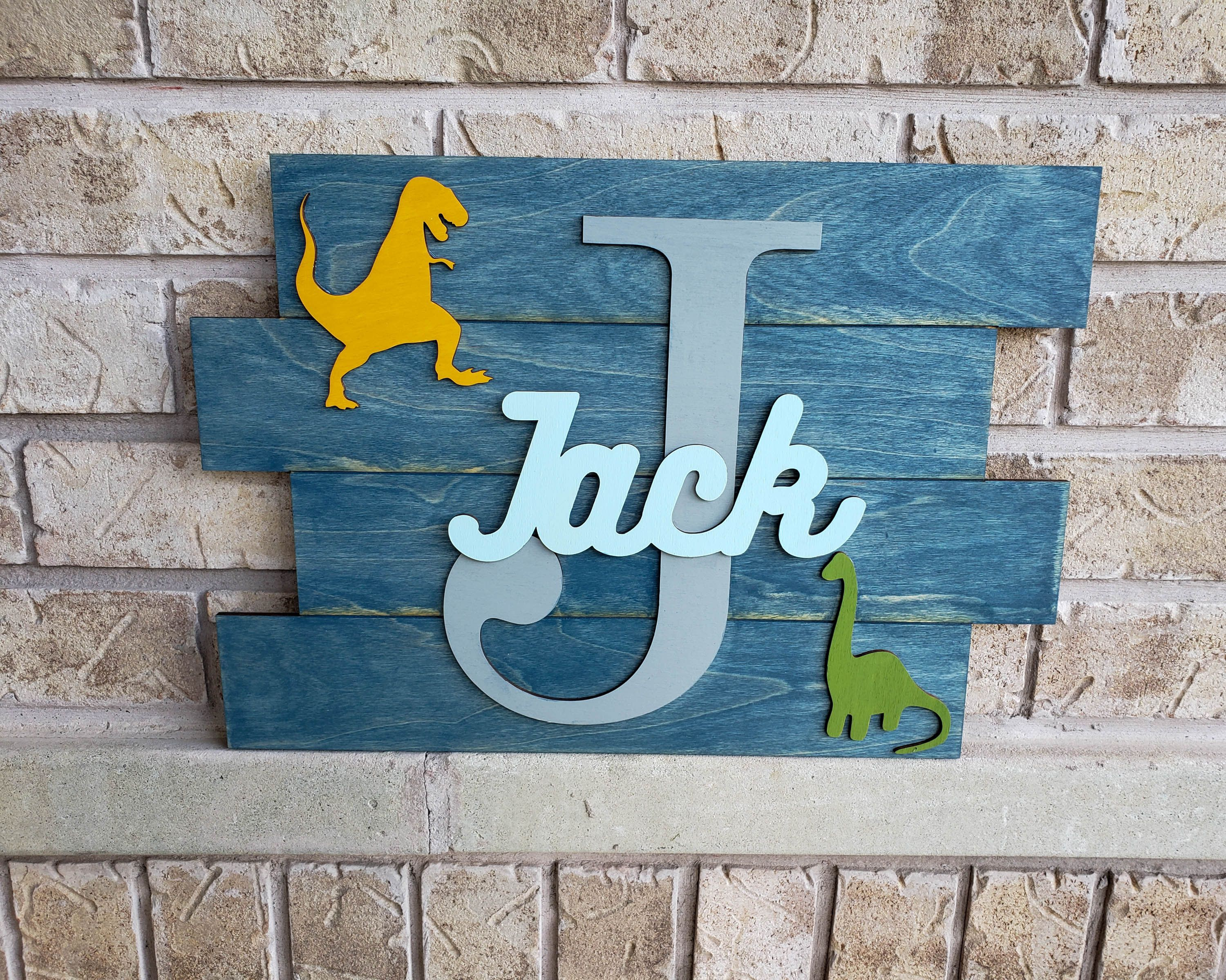 Dinosaur Decor, Dinosaur Wall Art, Kids Name Sign, Dinosaur Nursery Art, Wood Pallet Sign, Dinosaur Bedroom Decor, Dino Nursery Decor #dinosaurnursery