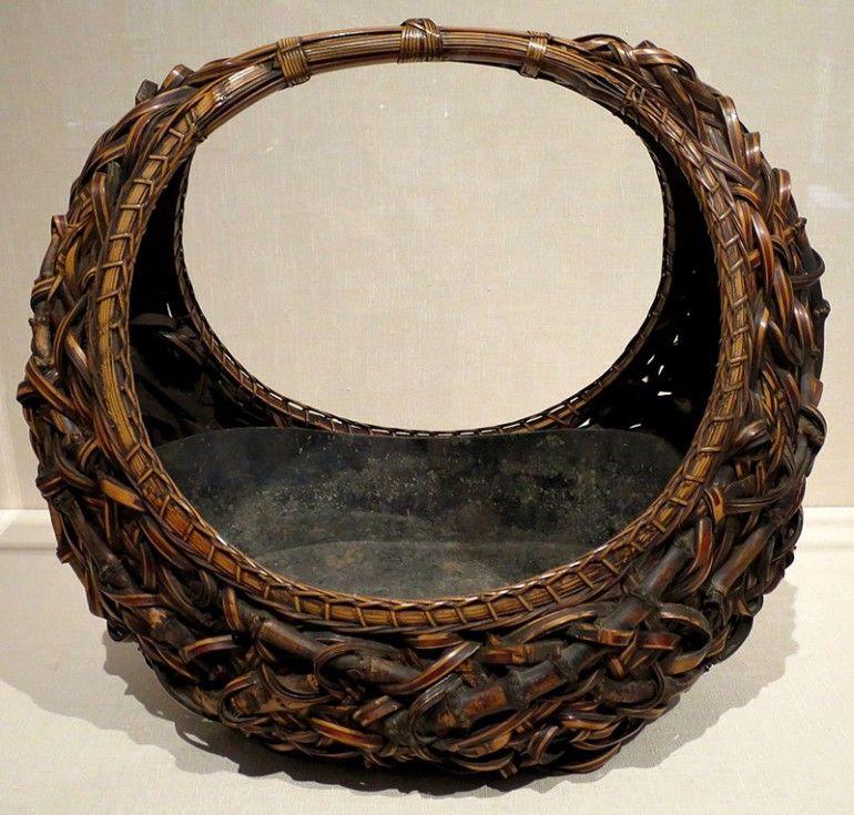 HANAKAGO THE ART AND HISTORY OF STUNNING JAPANESE BAMBOO