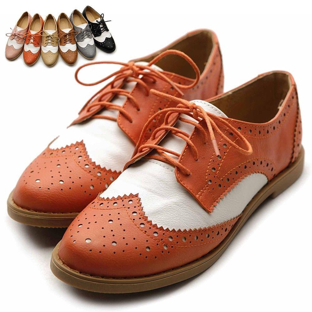 Women's Wingtip Lace-Up Oxford Shoe