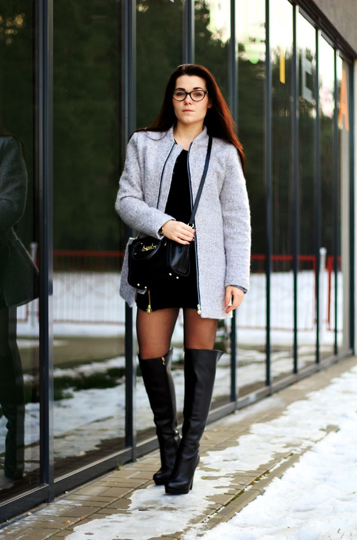 Stylizacja Fashion Bonprix Niren Nucelle Timeandmore Stukstuk Skorzane Kozaki Do Kolan Sukienka Sweter Bezowy Plaszcz We Fashion Sweater Dress Coat