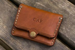 No.38 Personalized Minimalist Hanmade Leather Wallet - Brown #leatherwallets