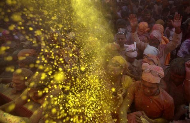 Powder festival in India