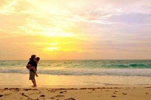 sunset hug, so good!