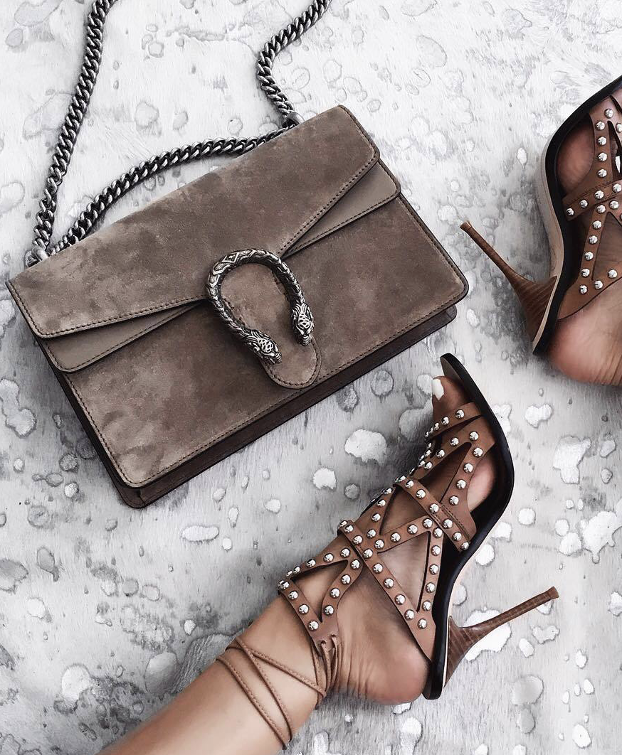 ✧ Pinterest   Instagram   •Thebeautycouture• ✧   Bags   Pinterest ... 28ef73c481