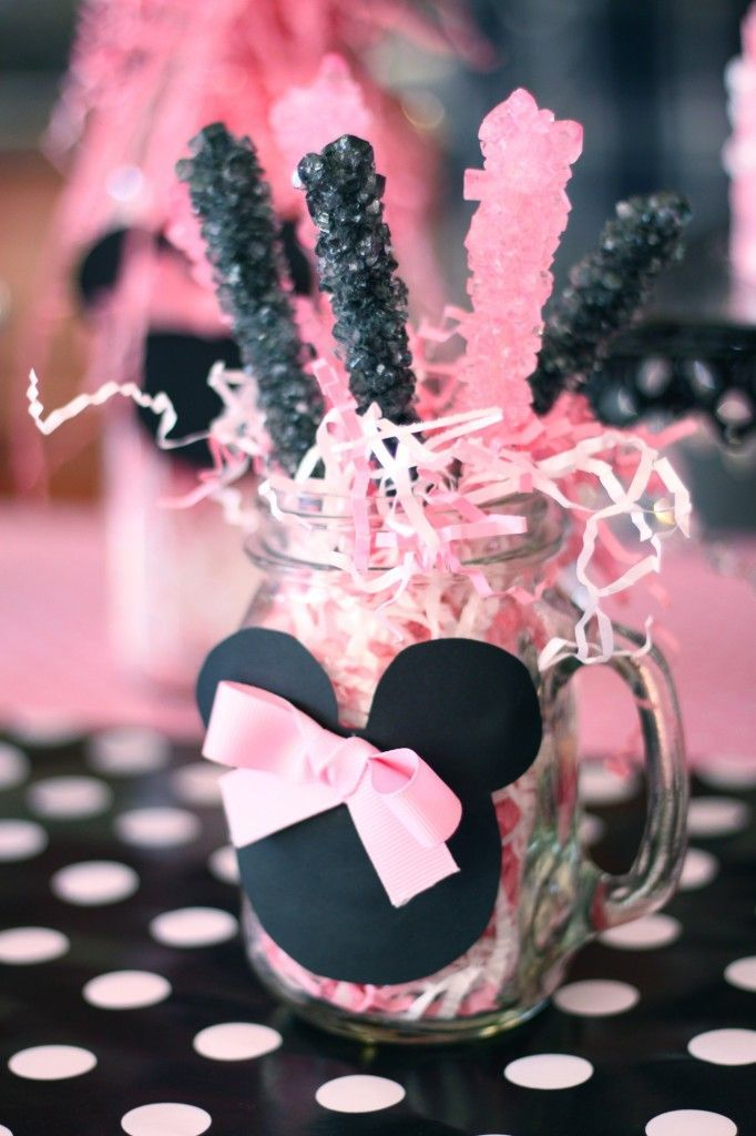 1 Year Old Minnie Mouse Birthday Party