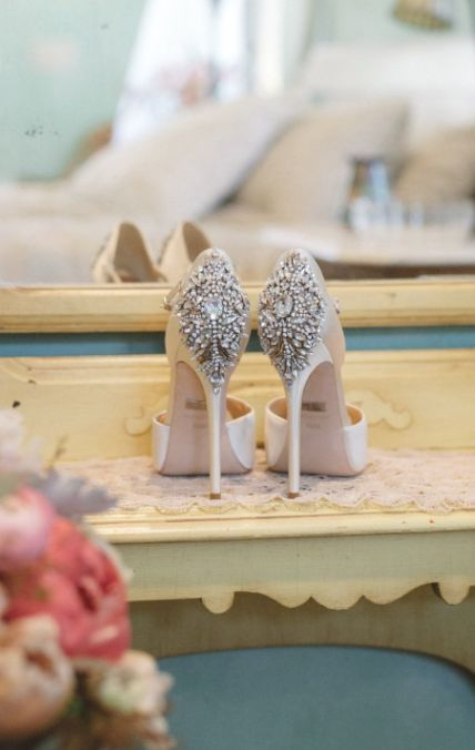 Wedding shoes idea; Featured Photographer: Anna Delores Photography