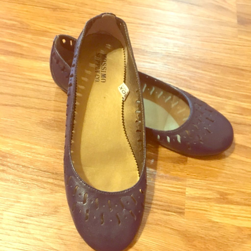 Navy blue ballet flats with cutouts products