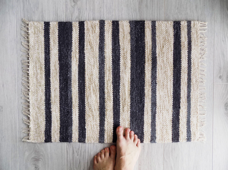 Scandinavian Rug Gray And Beige Handwoven Floor Rug Striped Etsy In 2020 Scandinavian Rug Rugs Floor Rugs
