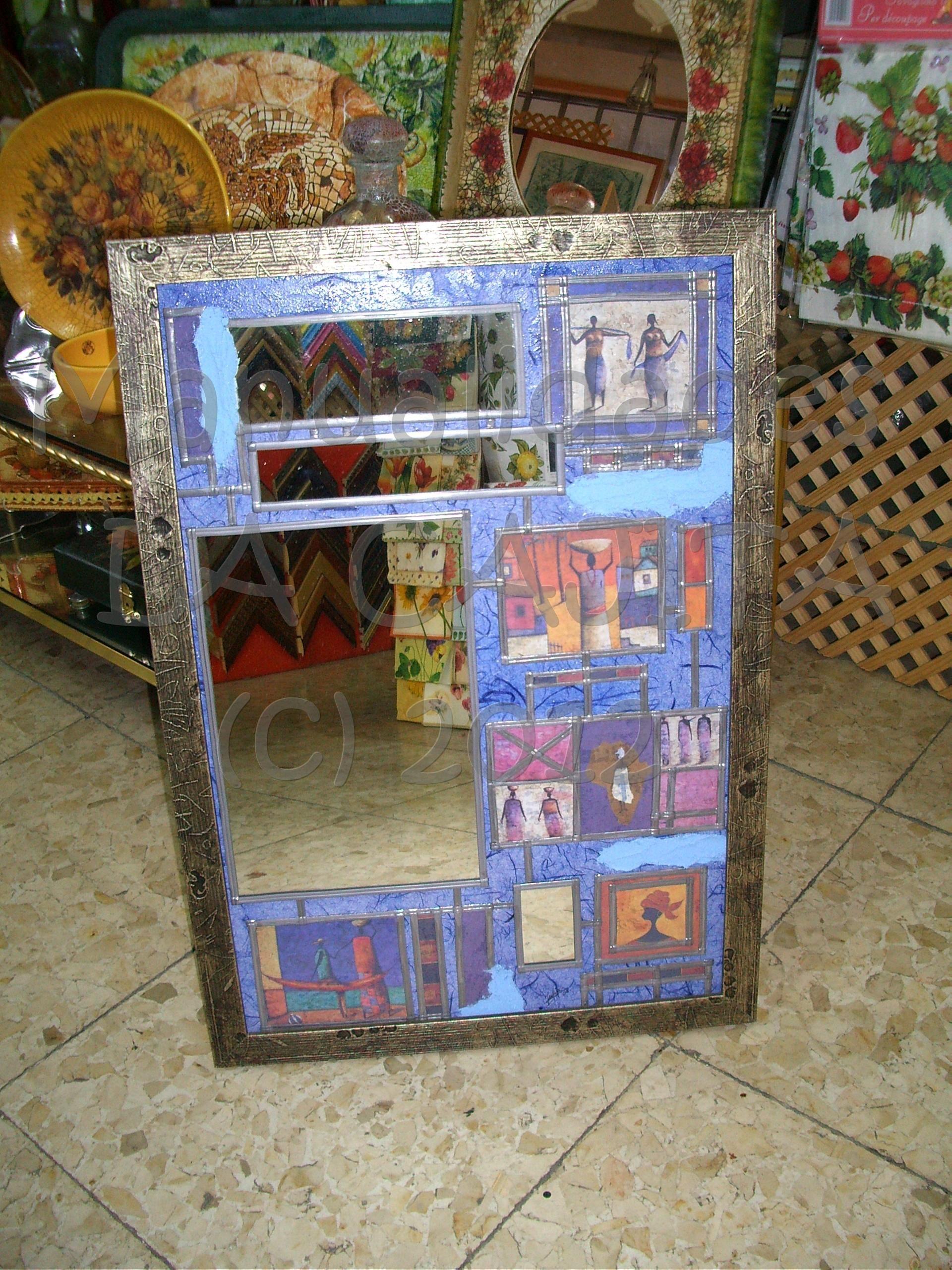 Espejo enmarcado sobre madera y decorado con decoupage, pasta ...
