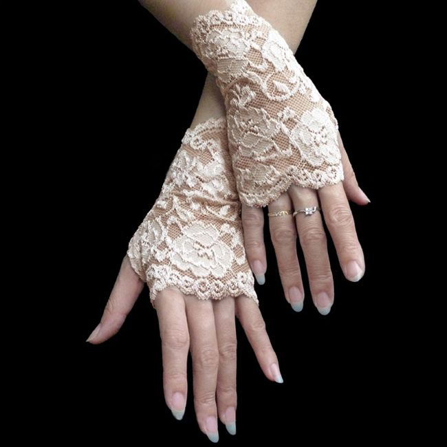 Vintage Lace Hook Flower Mitten Women's Wrist Glove (CHAMPAGNE) China Wholesale - Sammydress.com