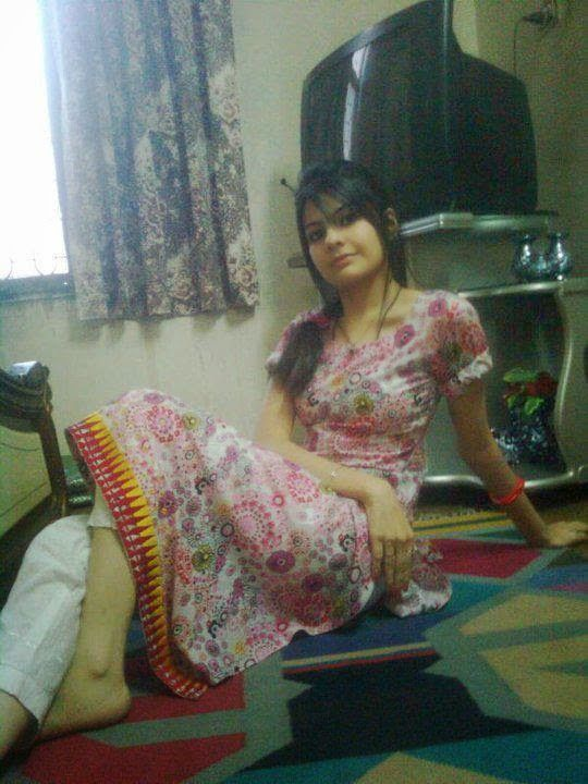 pakstani-hot-sexy-girl-sleping