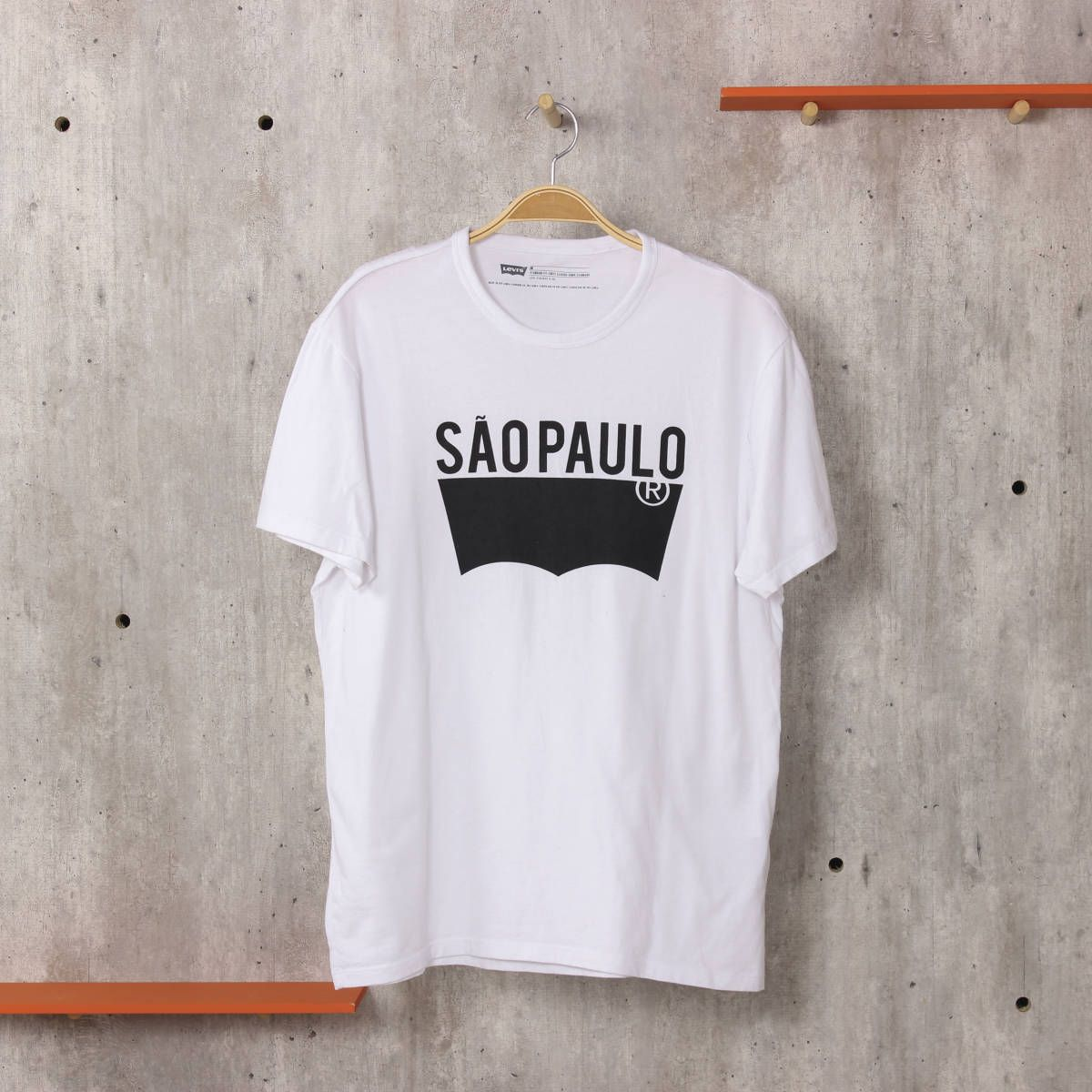 camiseta levis branca camisetas levis   Camisetas brancas