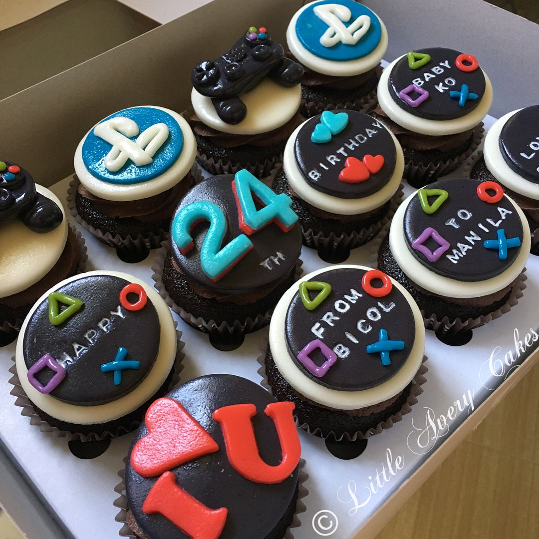 Ps4 Theme Cupcakes Customized Message As Per Client