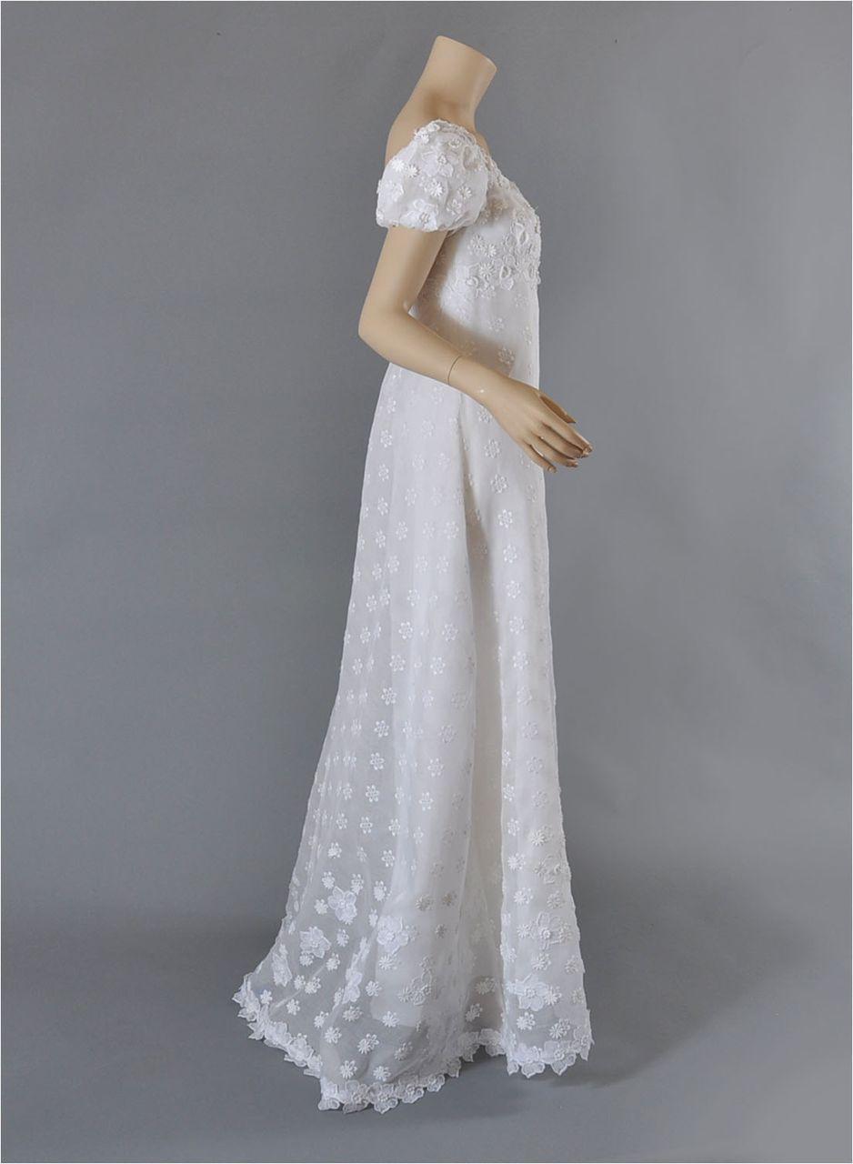 Vntg Priscilla of Boston 1960\'s Wedding Gown w / Veil S-M found at ...