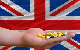 UK Doctor Treats Several Hundred Patients with B12 injections