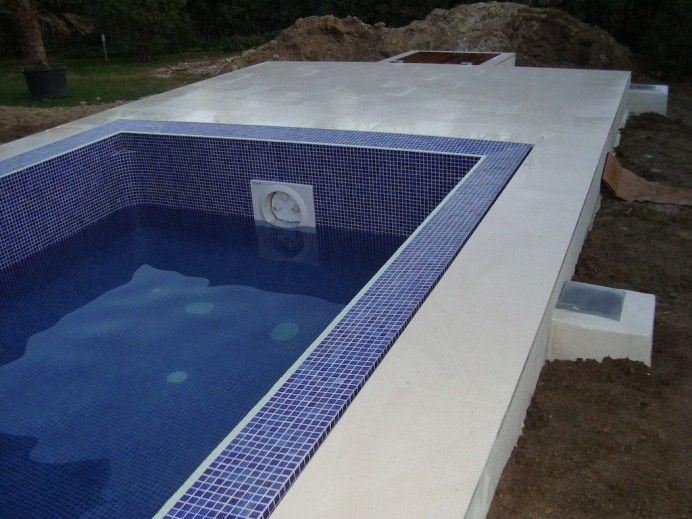 Infinity piscina 692x519 como se realiza una piscina infinity con desbordante perimetral - Coronacion de piscinas precios ...