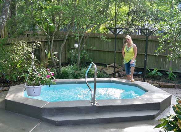 Pin By Brenda Sniff On Backyard Ideas Small Swimming Pools Small Fiberglass Pools Small Inground Pool