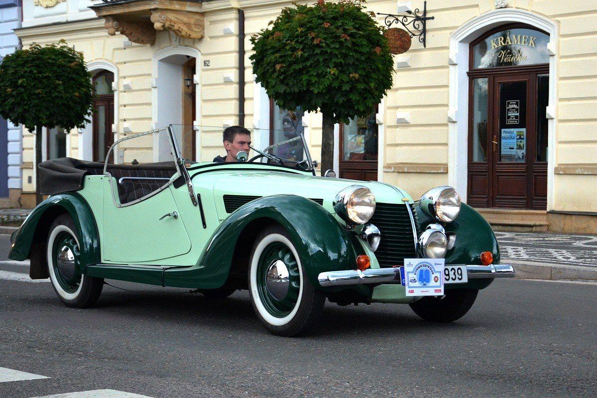 HIG552ebf_14_Aero_30.jpg (1200×800) | cars old new unusual ...