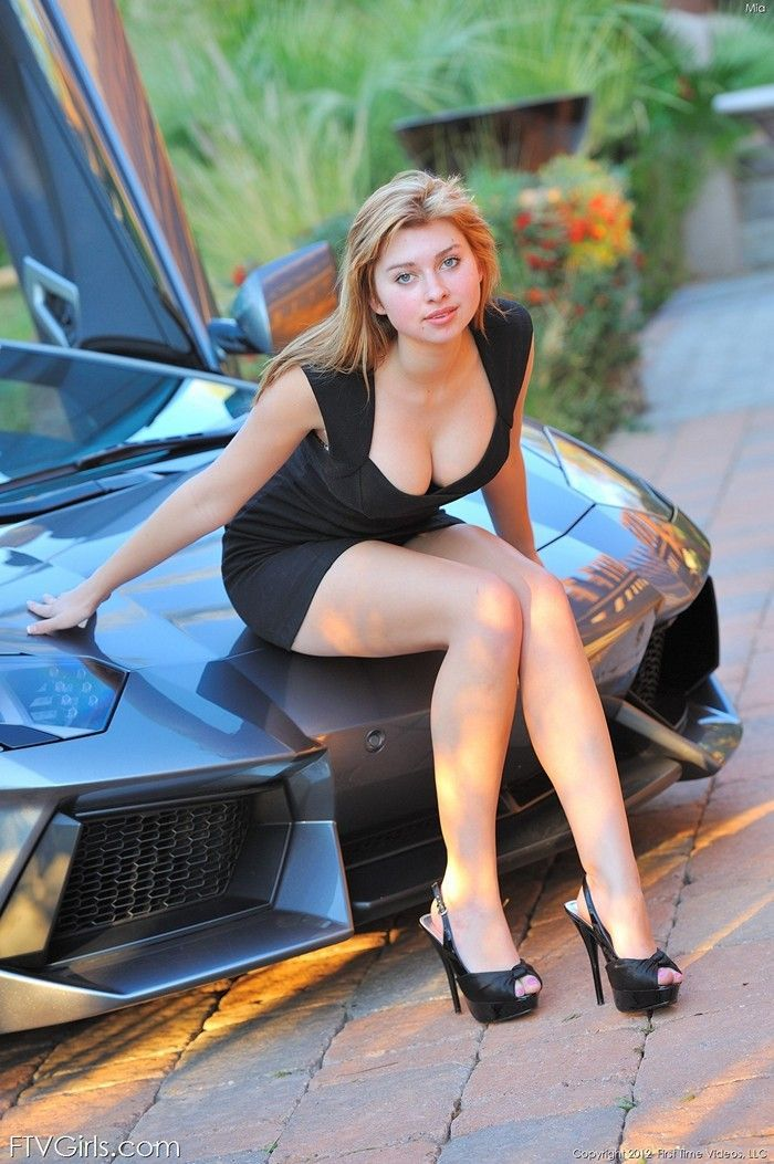 Naked females in cars images — 9