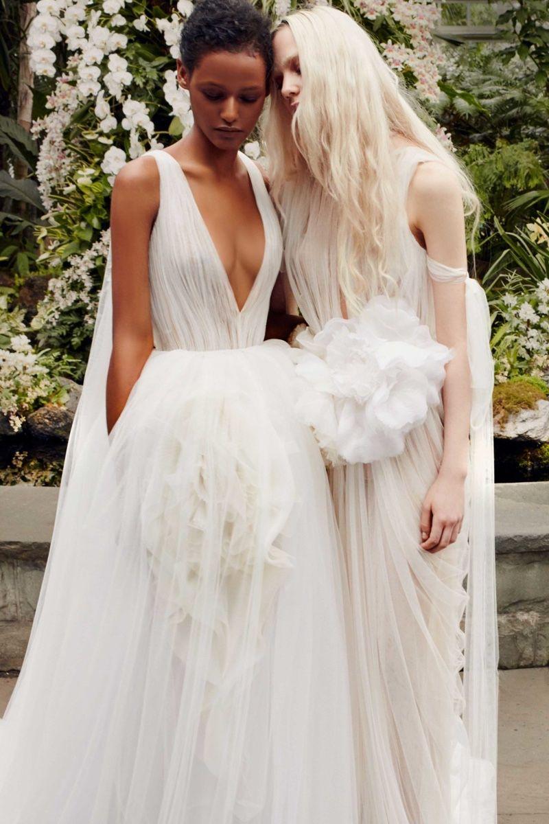 Vera Wang Spring Summer 2020 Bridal Lookbook Vera Wang Bridal Wedding Dresses Vera Wang Wedding Dresses [ 1200 x 800 Pixel ]