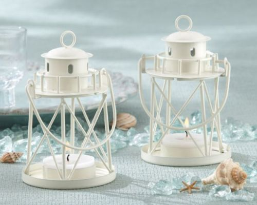 Lanterns as centerpiece will look very elegant and graceful. You can place these miniature lanterns with tea lights inside them in a pair and decorate the adjoining area with flowers.
