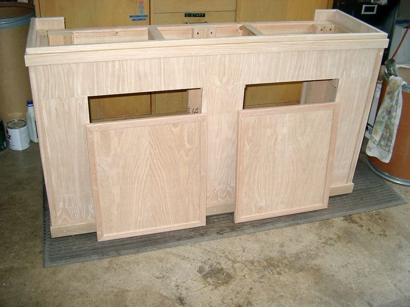 Diy oak aquarium cabinet cichlid forum diy 55 gallon for Fish tank table stand